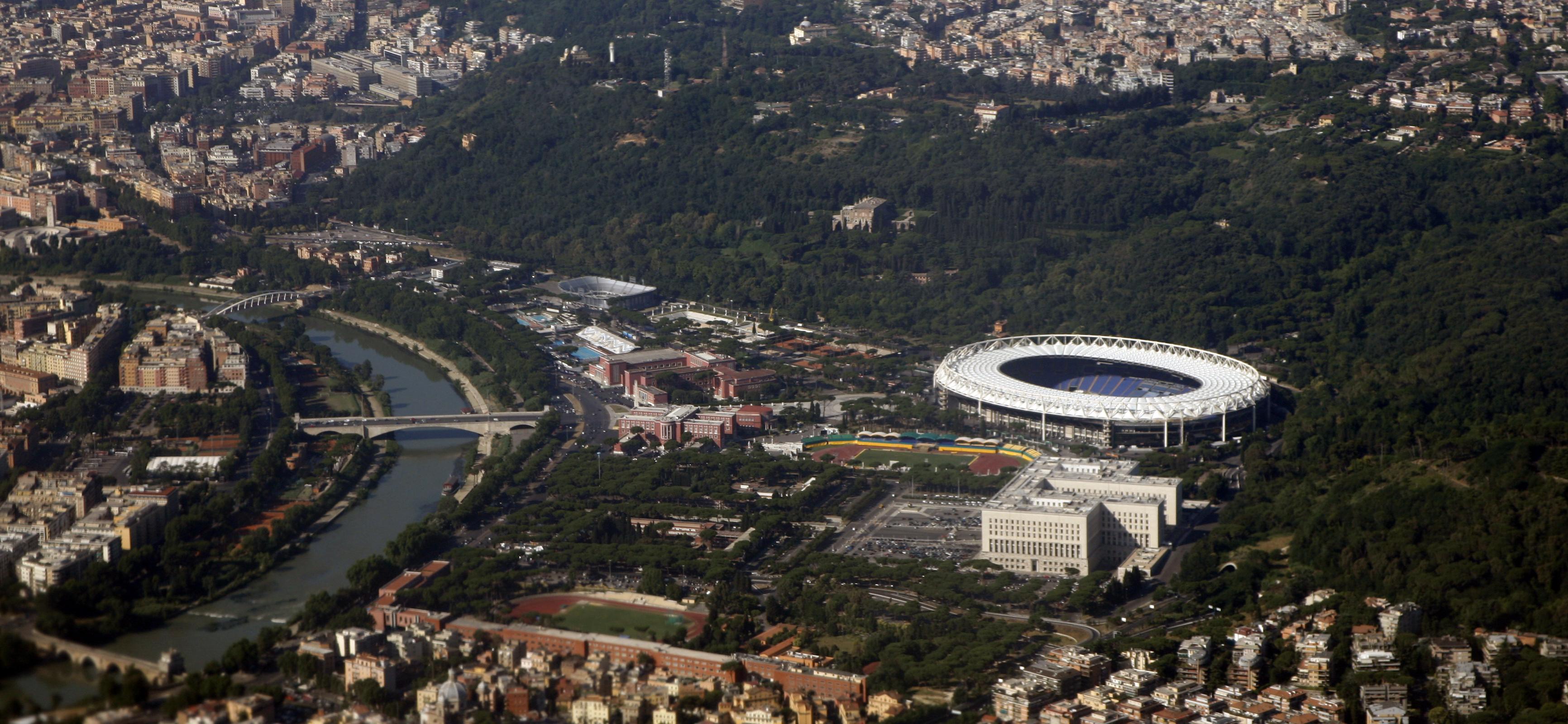 http://www.carrazza.it/wp-content/uploads/2016/12/19-Veduta-oggi-Stadio-Olimpico-1.jpg