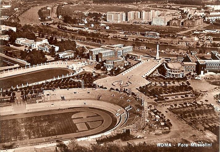 http://www.carrazza.it/wp-content/uploads/2016/12/5-Stadio-Cipressi-e-Foro-Mussolini-anni-30.jpg