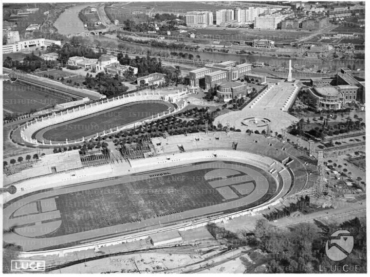 http://www.carrazza.it/wp-content/uploads/2016/12/6-Veduta-Stadio-Cipressi.jpg